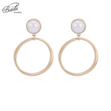 Badu Big Round Dangle Earring Simulated Pearl Elegant Women Party Jewelry Geometric Earrings for Halloween Wholesale