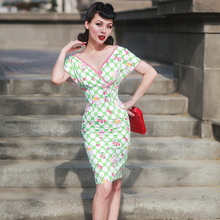 le palais vintage 2017 Summer Batwing Sleeve Dress Slim Empire Waist Designed Sweet Polka Dot Cherry Pattern Dress V-neck
