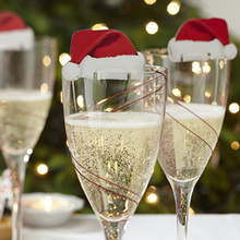 10 шт./лот, рождественские украшения для домашнего стола, открытки, Рождественская шапка Санты, декоративный бокал для вина, новогодние вечерние принадлежности