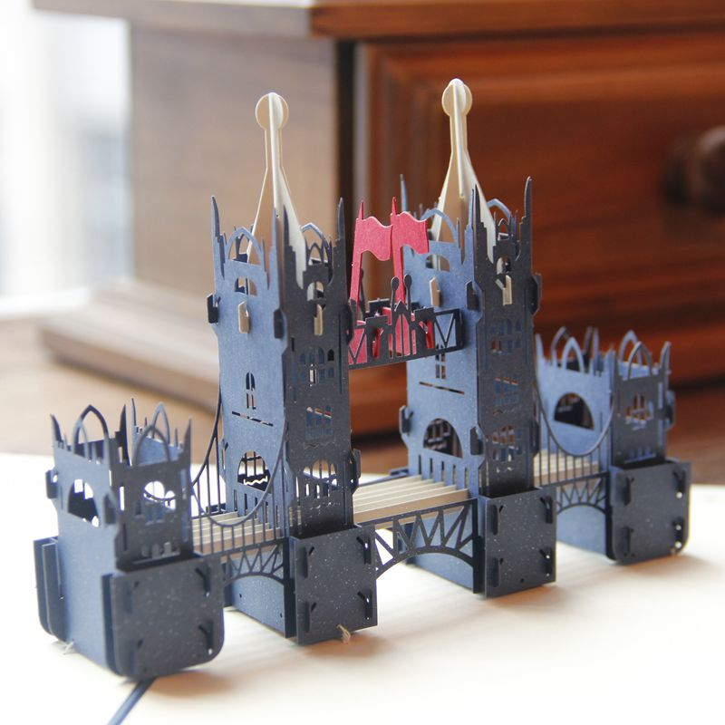 (4 pieces/lot) 3D Carving London Tower Bridge Greeting Card Laser Cut Paper Invitation Pop I Up Post Cards Gift Souvenirs C3050
