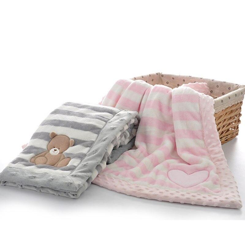 Image 4 - Двухслойное детское одеяло с мультяшным животным, теплое Хлопковое одеяло для новорожденных, покрывало для колясок, детское зимнее одеялоОдеяла и пеленки   -