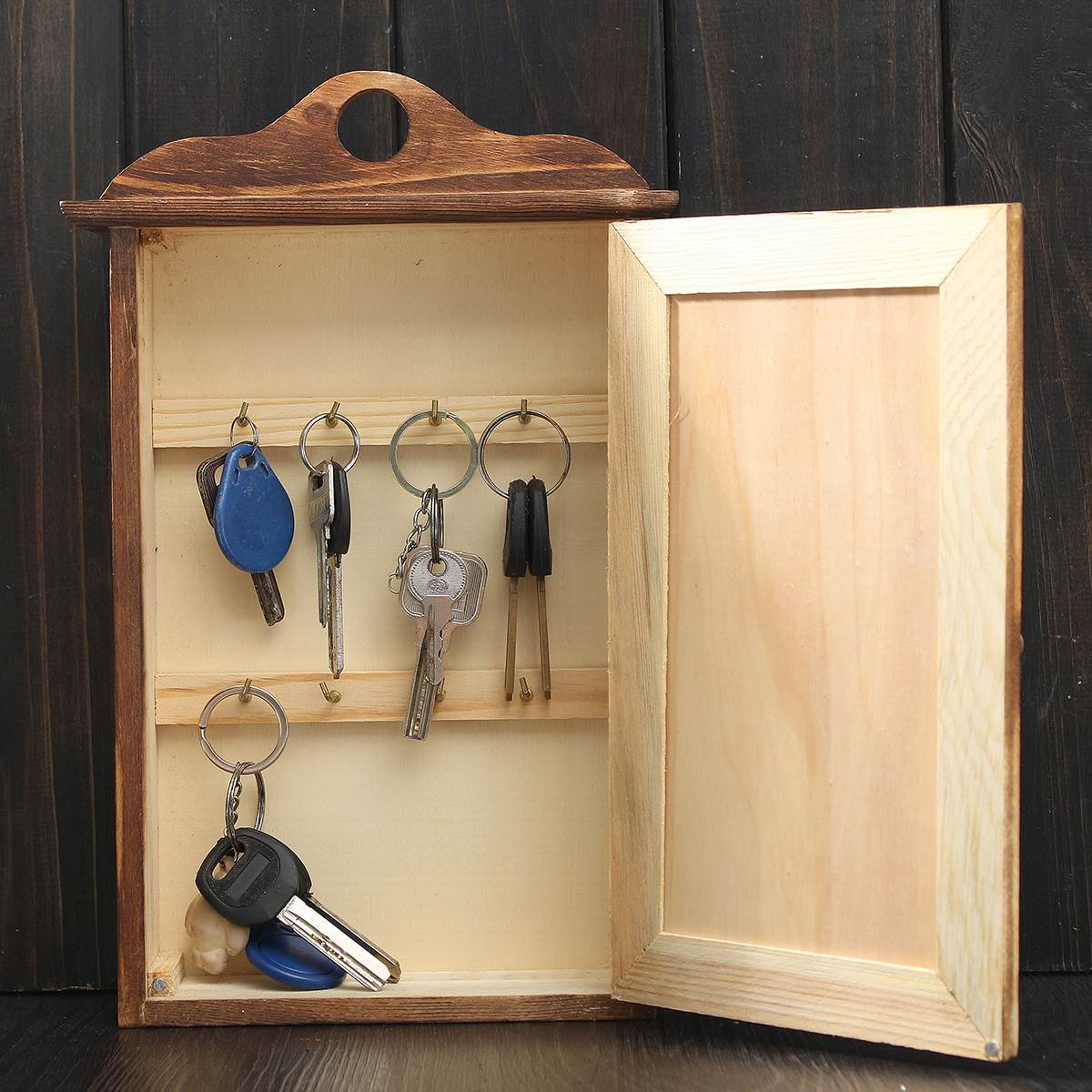 European Retro Keys Storage With Door Wall Hanging Wooden Box ...