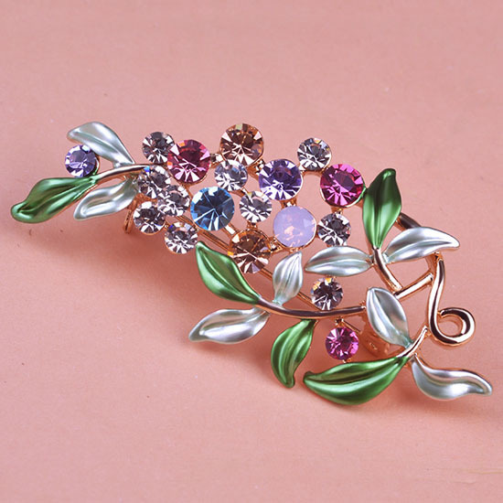 Luxurious Flowers Brooches