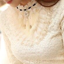 Новинка, женская блузка с оборками и жемчугом, кружевная белая офисная женская рубашка с длинным рукавом, элегантные однотонные облегающие Сексуальные облегающие Рубашки, Топы