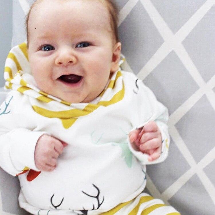 Унисекс новорожденных Костюмы красочный набор с принтом лося топ с капюшоном + штаны в полоску 2 предмета Комплект детской одежды для малень...