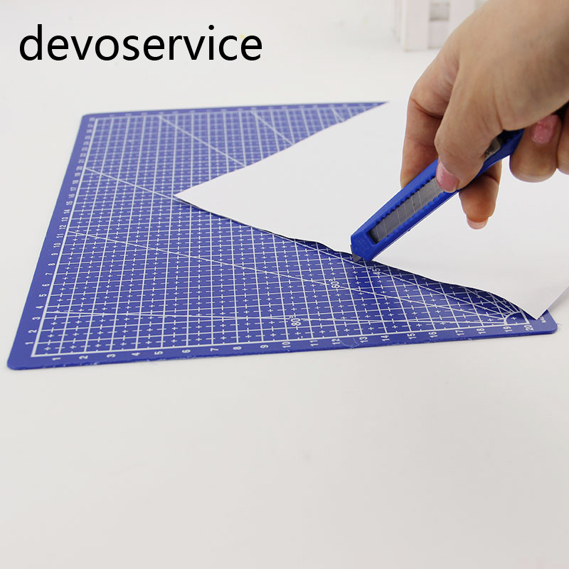 Hot Sale A4 Grid Lines Cutting Mats Craft Card Plastic Paper Board Office School Supplies Cutting Paper Plate 30*22CM a4 grid lines cutting mat craft card fabric leather paper board 30 22cm