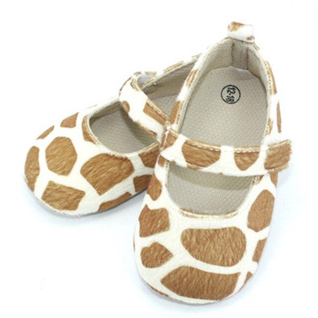 2016 Новый Дизайн Популярные Leopard Принцесса Обувь Ватки Коралла Младенцы Впервые Ходунки Дышащий Противоскользящие Мягкие Новорожденных Prewalker