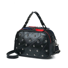 купить 2019 luxury handbags women bags designer crossbody bags for women genuine leather bag Shoulder Bags Rivet Fashion Flap по цене 1267.79 рублей