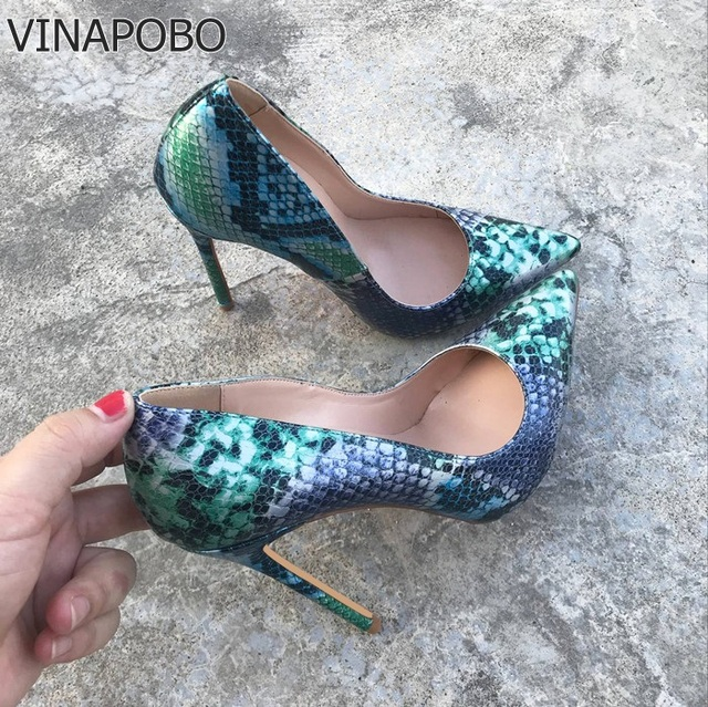 VINAPOBO 2018 NEW ARRIVE Women Shoes Blue Snake Printed Sexy Stilettos High  Heels 12cm 10cm 8cm Pointed Toe Women Wedding Pumps 65ff2198632b