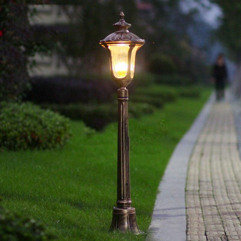 Europe luxury garden lawn light bollards courtyard for Luxury landscape lighting