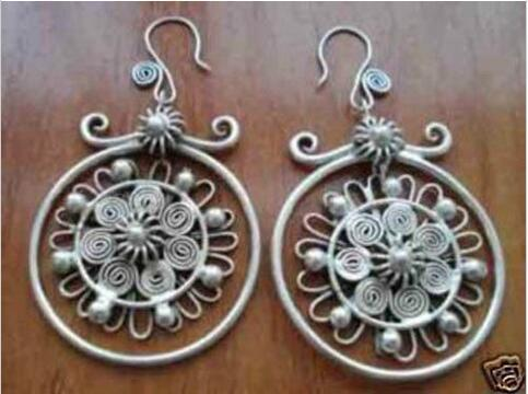 W46R FU67 100% Brand New High Quality Fashion Picture Sell Image unique beautiful Chinese miao silver earrings
