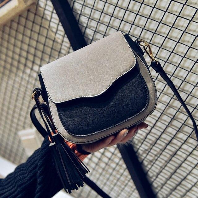 Бесплатная доставка, 2018 новый тренд женские сумки, Ретро Простой клапаном, модная сумка, кисточкой Украшения женская сумка.
