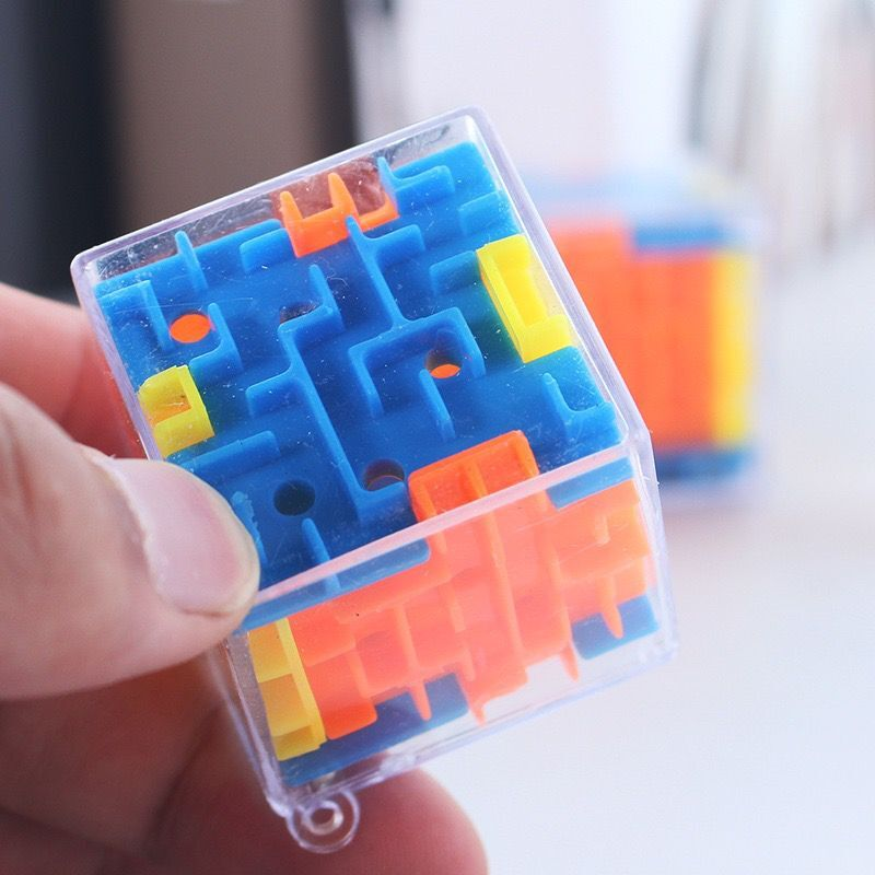 New Maze Magic Cube Puzzle 3D Mini Speed Cube Labyrinth Rolling Ball Toys Puzzle Game Learning Toys For Children