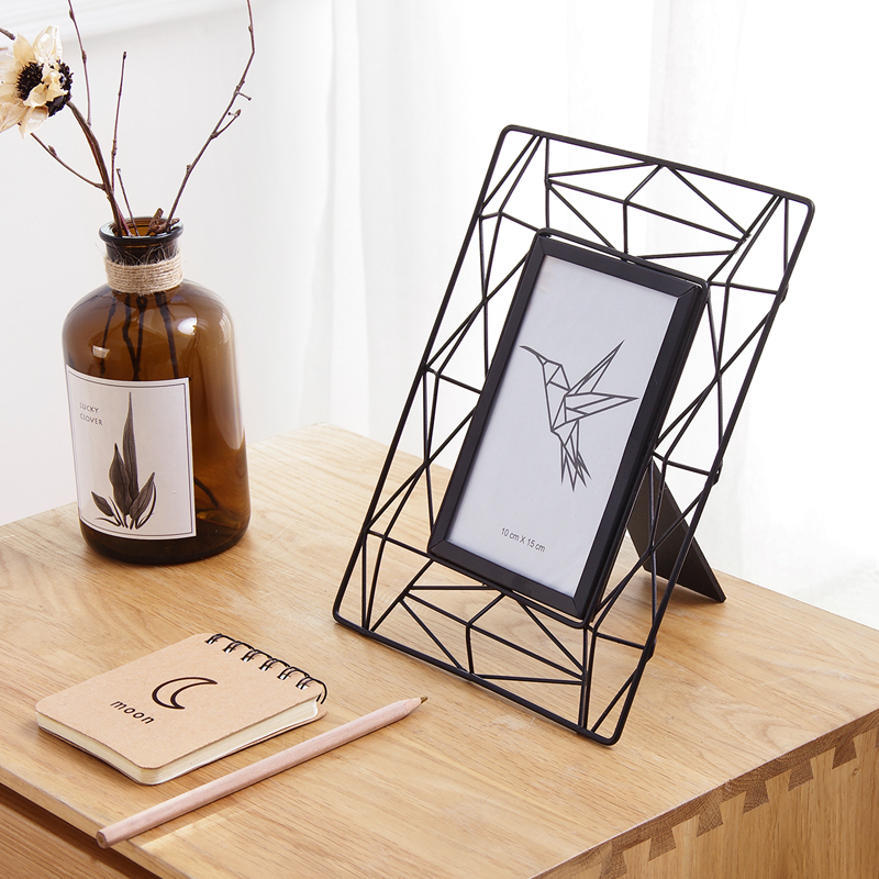 Simple Hollow 6 Inch Photo Frame for Table Creative Desktop Bed Cabinet Living Room Decoration