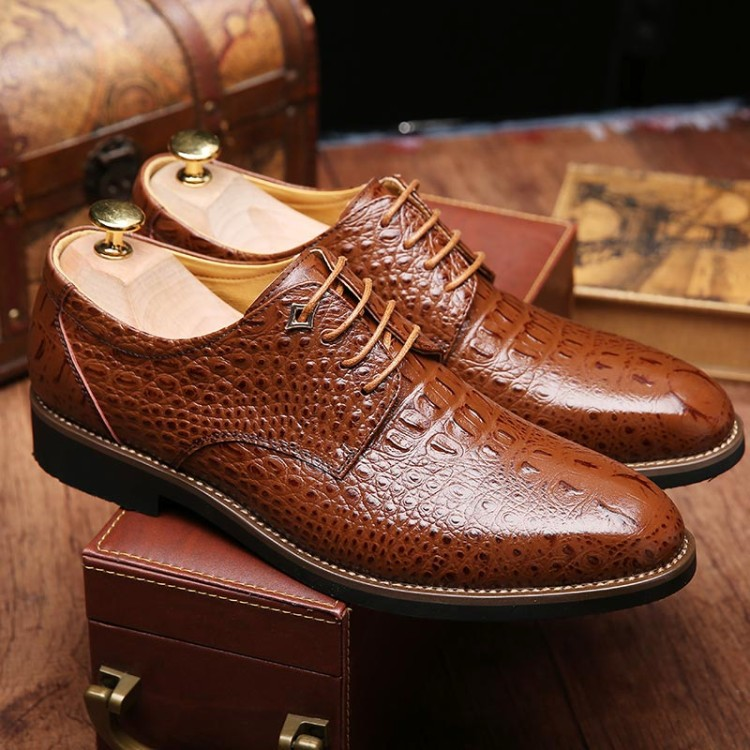British Style Men's Shoes Crocodile Genuine Leather Shoes Business Casual Oxfords Shoes Luxury Brand Men Flats Shoes Black Brown cbjsho brand men shoes 2017 new genuine leather moccasins comfortable men loafers luxury men s flats men casual shoes