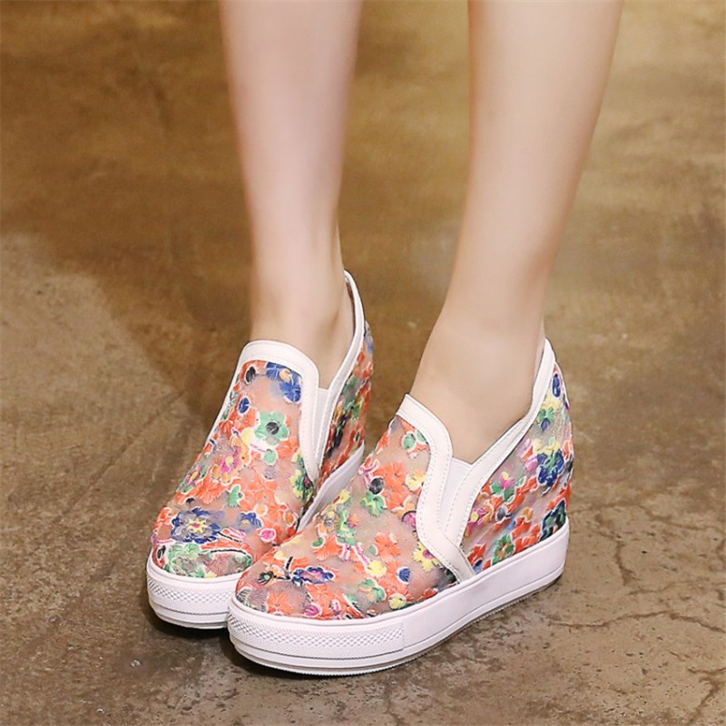 Plus size 34-45 Summer Women Lace Hollow Floral Casual Shoes Woman Breathable Platform  Increased Internal Slip-On Loafers Shoes summer women shoes casual cutouts lace canvas shoes hollow floral breathable platform flat shoe sapato feminino lace sandals