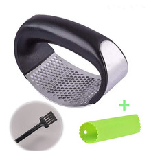 New bracelet garlic press hand-held cutter mash trending products 2019 Package mail spot