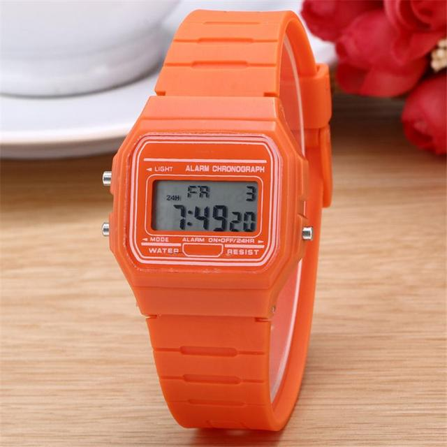 2017 New Fashion gold silver Silicone  Couple Watch digital watch square military men/ women dress sports watches whatch women
