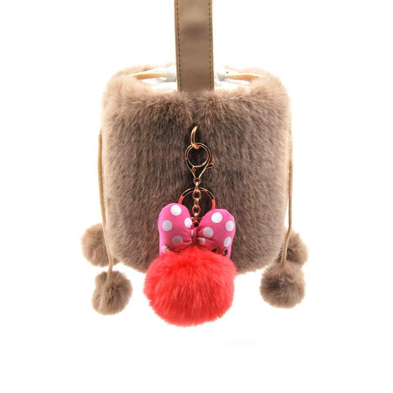 2019 piel de conejo mullida pelota Mickey llavero para las mujeres pompón conejo piel Bowknot llavero bolsa coche llavero joyería regalo de boda