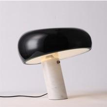 В итальянском стиле Настольная лампа с мраморной подставкой гриб белая черная шляпа Настольный светильник современный роскошный отель Спальня исследования глаз номер домашнего освещения G810