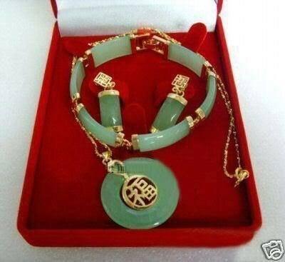 Красивый один набор сережек ожерелье браслет из камня набор замечательная благородство изысканные свадебные украшения Lucky women's