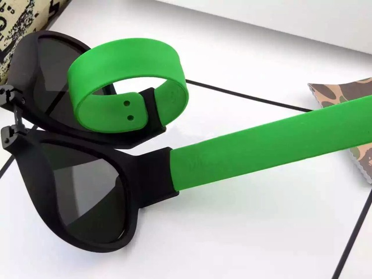Portable Folding Bracelet Sunglasses  (22)