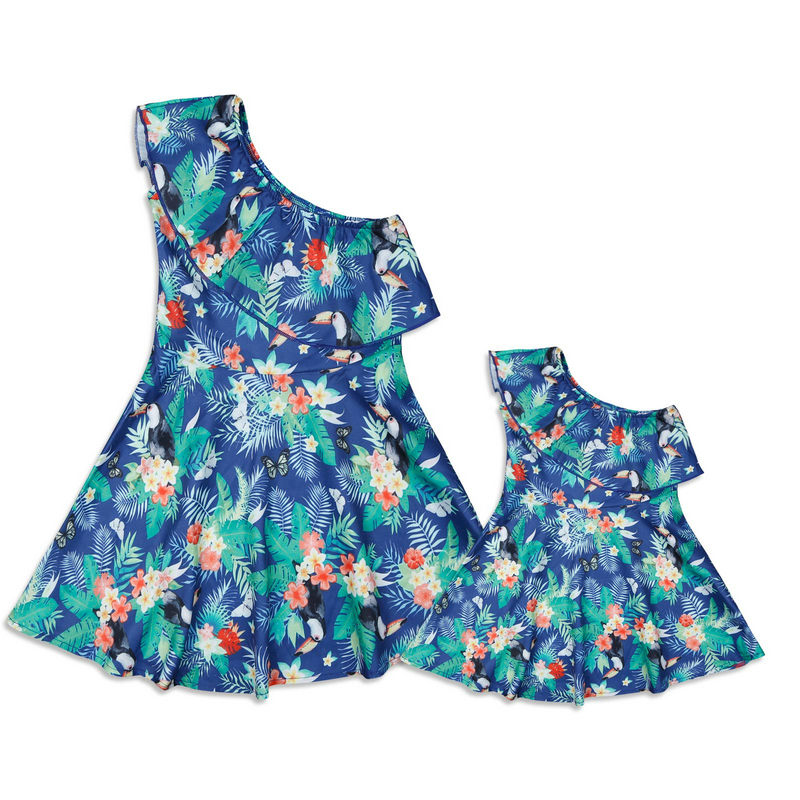 Family Look Matching Mother And Daughter Dresses Shoulder off Sleeve Beach Mommy And Me Clothes Swimsuits Outifits Mom Kids Girl (15)