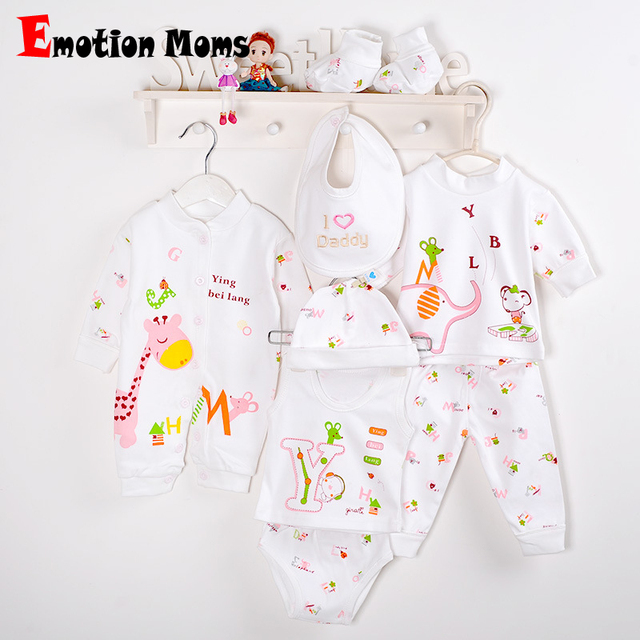 26a4b06f2d133 (8pcs/set)Fashion Newborn Baby 0-6M Clothing Set Brand Infant Baby Boy/Girl  Clothes 100% Cotton Cartoon Underwear baby bib hat