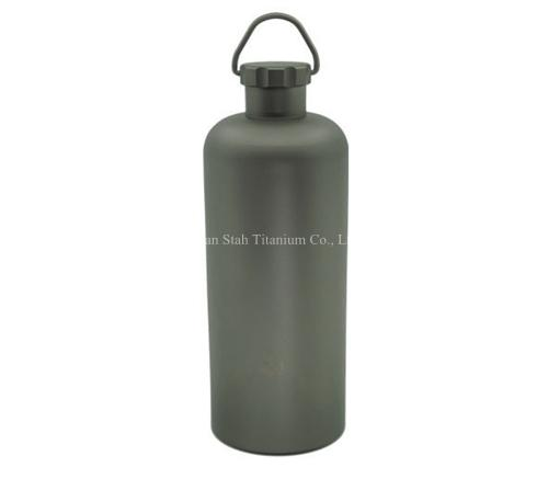 Pure Titanium Portable 600ml Capacity Water Bottle Matte Finishing Healthy Anti corrosion Light Weight 145g for Outdoor Sports