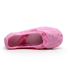 68054fbee910b Pink Black White Green Blue Red Flesh Ballet Flats Canvas Flats Mulheres  with Rhinstones Ballet Shoes