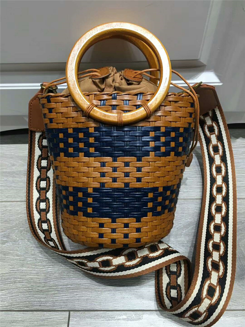 DIOLEVY high quality beach basket casual style women handmade genuine leather bucket hand bag weaved