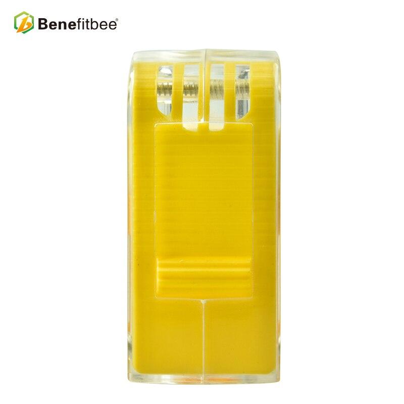 Image 4 - Выгодная пчела бренд ловушка для пчел королева клетка для пчел маркер для бутылки королева пчелиные клетки пчеловодства принадлежности для пчеловодства эквивалентный инструмент-in Инструменты для пчеловодства from Дом и животные