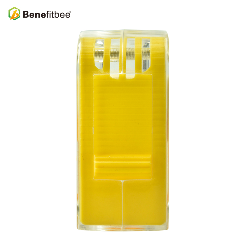 Image 4 - Benefitbee Brand Bee Catcher Queen Cage Bee Marker Bottle Queen Bee Cages Beekeeper Tools apiculture equipement imker Tool-in Beekeeping Tools from Home & Garden