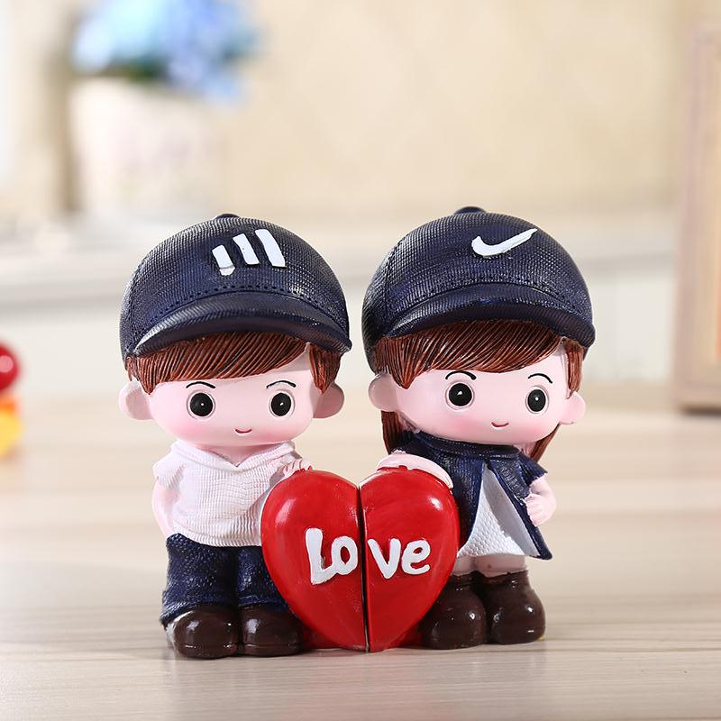 2pcs Pair Lovely Couple Lovers Resin Sculptures 100 Hand Made