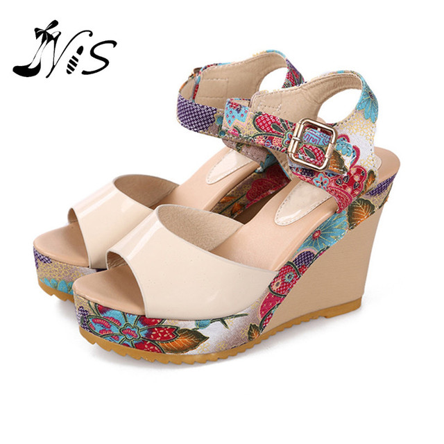 fc70e92a0886 Summer Style Lady Strappy Platform Block Heel Chunky Buckle Leather Peep  Toe Ankle High Sandals Sweet