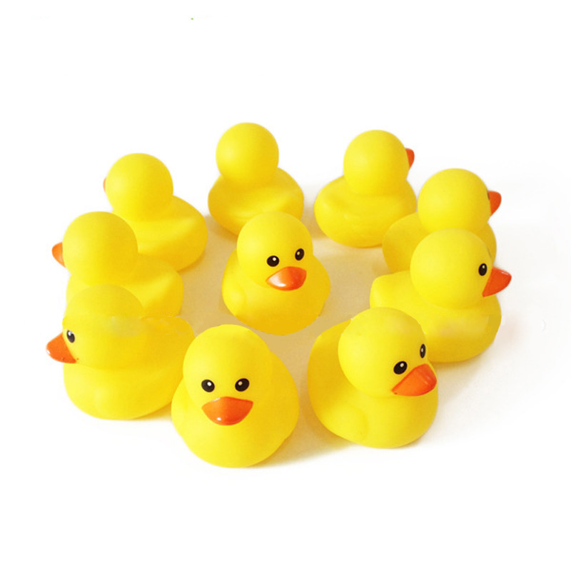 10pcs Baby Kids Bath Toy Yellow Duck Squeeze Toy Classic Pool Water Toys juguetes Hand Trainning brinquedos jouet de bain