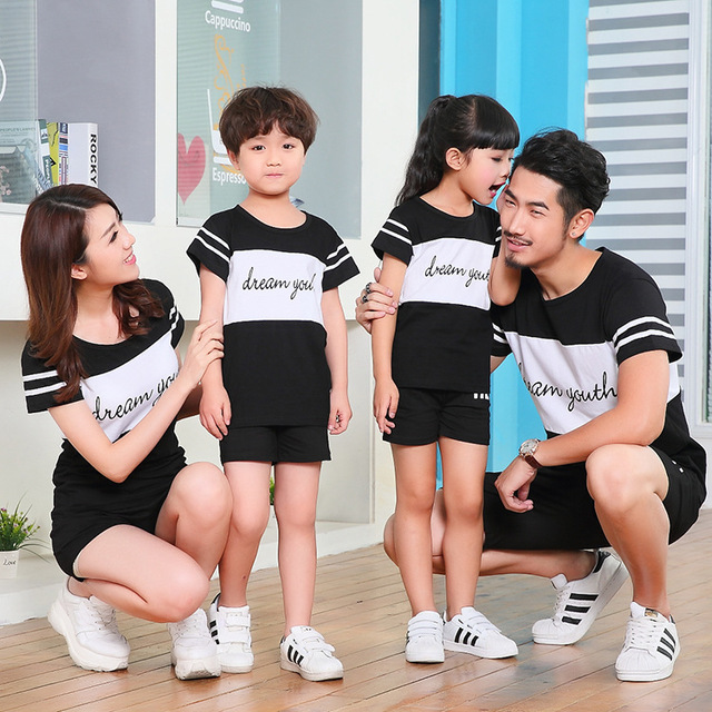 2017 Summer Family Clothing Sets Boy Girl Clothing Kids Clothes Mother and Daughter Son Father Leisure Family Matching Outfits
