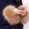2016 nuevo invierno capa de las mujeres cuff moda accesorios Pulsera de la Pulsera de piel manguito de piel de mapache verdadero