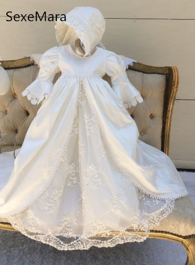 High Quality White Ivory Infant Christening Gown Baby Girls Baptism Dress Lace Applique Toddler Gown Robe with Bonnet 0-24 month 2016 new baby infant christening dress lace applique white ivory boys girls baptism gown with bonnet with belt