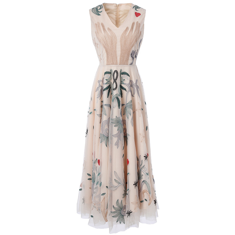 Ladies Dresses 2017 New Summer Fashion V-Neck Sleeveless Floral and Animal Embroidery Noble Mesh Mid-Calf Empire Sexy Dress