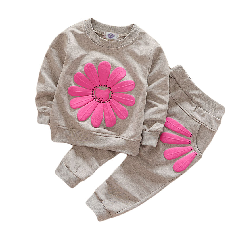 2017 Spring and Autumn New Girls Flower Set Korean version of the child sun flower long sleeve suit 2 sets ночная рубашка the flower of love