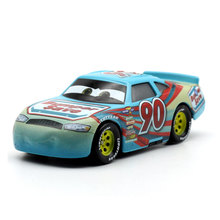 купить Disney 2018 New Pixar Cars 3 Racing Center NO 90 Metal Diecast Toy Car 1:55 Loose Brand New In Stock Toy Car Gift For Kids по цене 254.01 рублей
