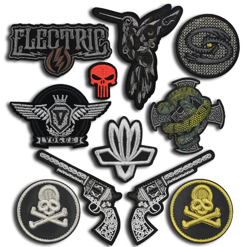 Terug Badges Naaien op Kleding Patch Borduurwerk Applique Schedel Gun Iron Biker Patches voor Kleding Punk Hippie Stickers Trend JOD