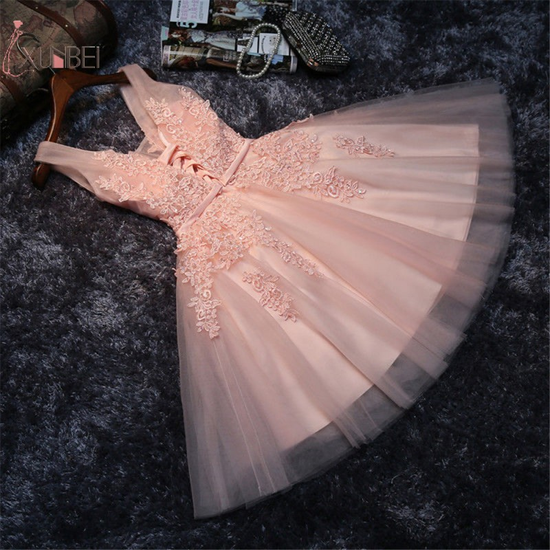2019 Pink Short Prom Dresses Sexy V Neck Sleeveless Prom Gown Lace Applique Vestidos De Gala