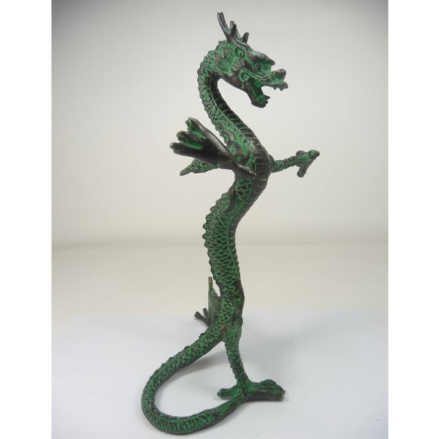 Décoration laiton usine pur laiton Antique exquise collection chinoise travail manuel en laiton sculpté avec support dragon statue