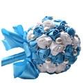 Color Opcional Mano Bola Sosteniendo Ramos de Novia Perla de Cuentas de la Boda de La Cinta Ramo Azul Blanco Flores Artificiales Q341