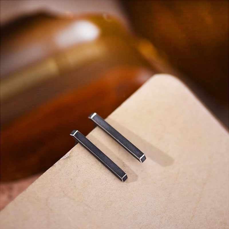 Hot Fashion Vintage S925 Sterling Silver Jewelry Strip Earrings Retro Black / Silver Color Men Women Personality Stud Earrings
