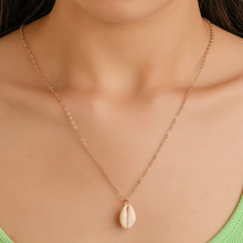 European and American national wind natural shell necklace Simple ocean beach fashion clavicle chain