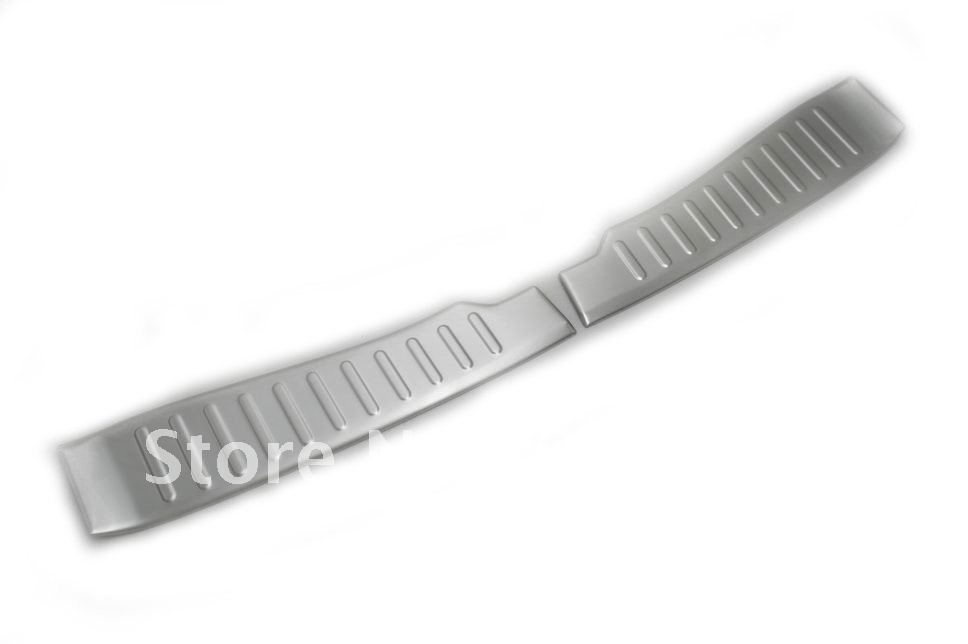 High Quality Chrome Rear Boot Trunk Guard Trim for Ford Focus MK3 Hatchback 12-13 Free Shipping