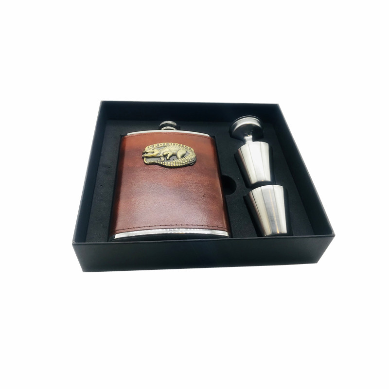 2018 hot sale 8oz ounce Stainless steel 304 crocodile vodka hip flask Whisky Moscow cccp flagon pu leather black gift box set